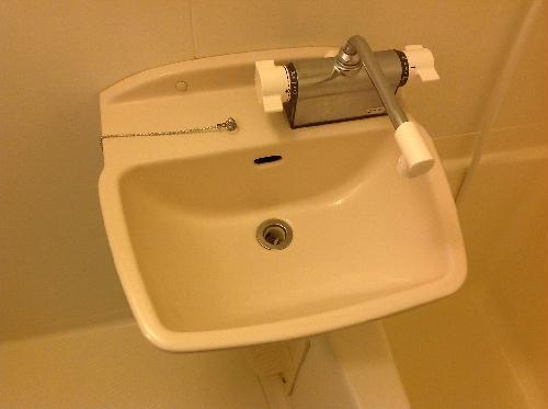 レオパレスボヌール 202号室のトイレ