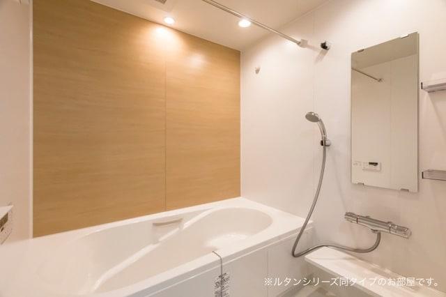 トムトック Ⅴ 01020号室の風呂