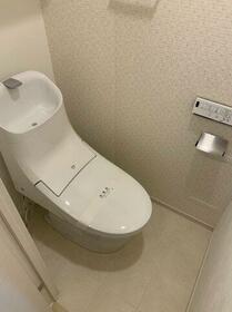 ハーモニーレジデンス東京イーストガーデン 201号室のトイレ
