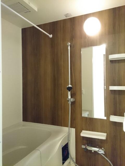 ロアシス 01020号室の風呂