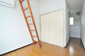 サンライフ志村 0202号室のエントランス