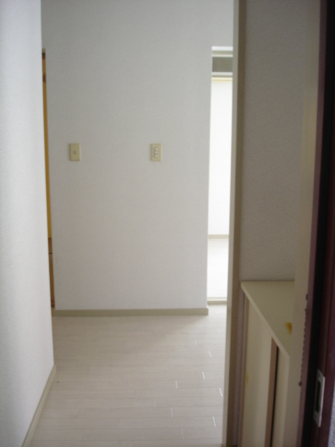湘南ハイム 102号室の玄関