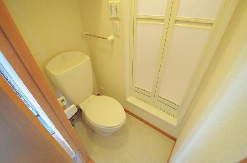 レオパレスハーモニーチャット 204号室のトイレ