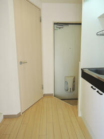 エスト横浜 00502号室のバルコニー