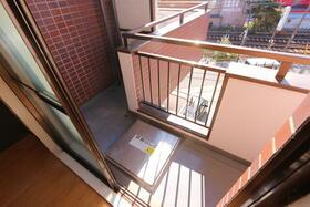 ジュネパレス松戸第29 302号室のバルコニー