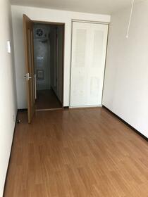 パストラル松戸 205号室のリビング