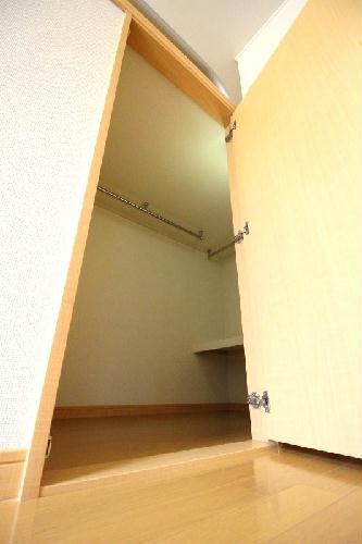 レオパレスラ グラシューズ 104号室のトイレ
