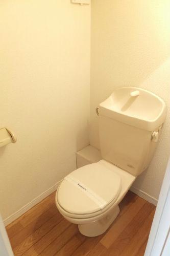 レオパレスサンライズアオキ 101号室のトイレ