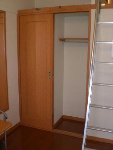 レオパレスソレーユ 103号室の収納