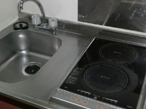 レオパレスソレーユ 206号室のキッチン