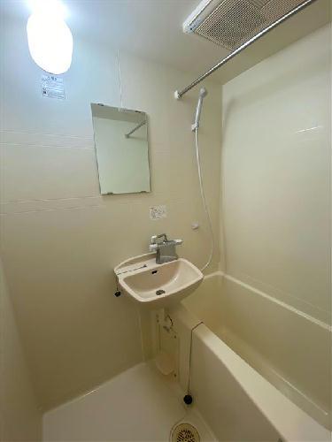 レオパレスラルジュ 104号室の風呂
