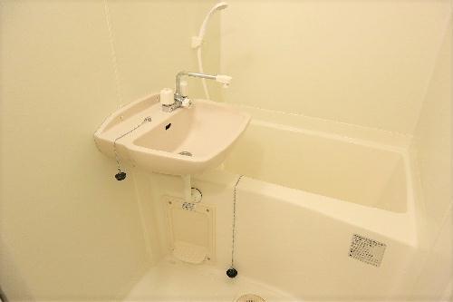レオパレスガリバー王国Ⅱ 102号室のトイレ