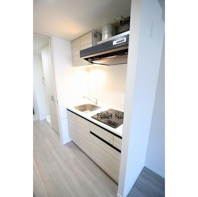 コンフォリア志村坂上 303号室のキッチン