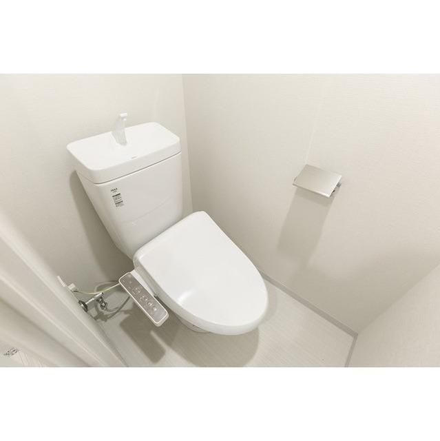 コンフォリア志村坂上 312号室のトイレ