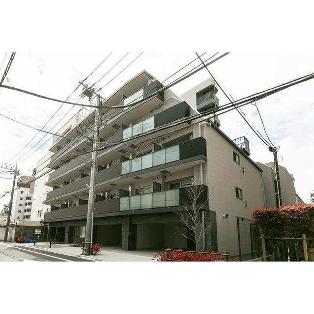 コンフォリア志村坂上の外観