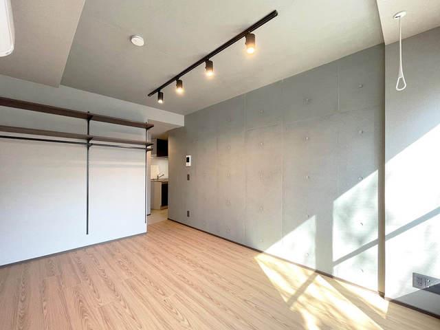 the KOISHIKAWA 402号室のリビング