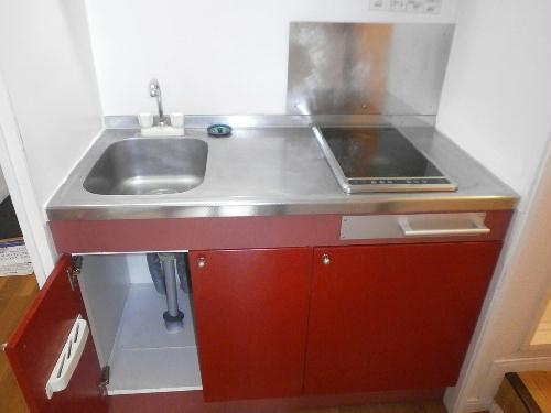 レオパレスI's 104号室のキッチン