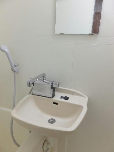 レオパレスレインボー シャトウ 101号室の洗面所
