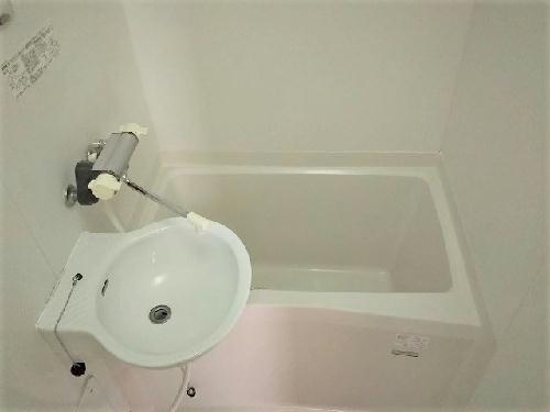 レオパレスプラテリーアⅠ 302号室のリビング