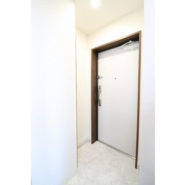 グランカーサ大森海岸 0703号室の玄関