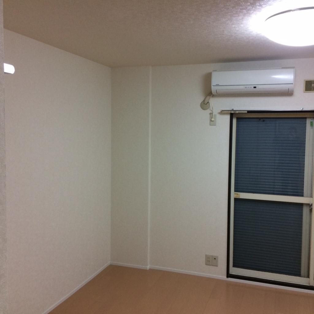 シュラインK 102号室のリビング