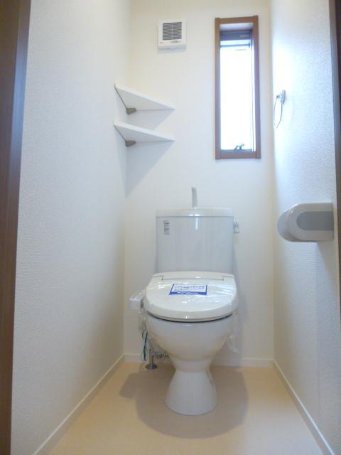 カサートM 101号室のトイレ