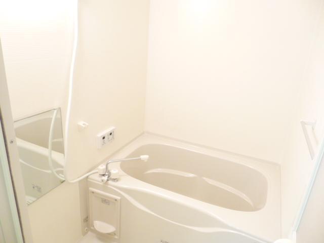 カサートM 101号室の風呂