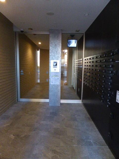 エスリード名城公園プライム 401号室のエントランス