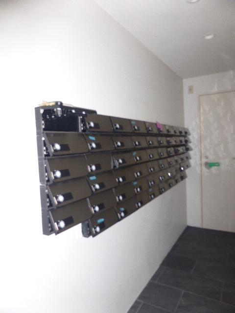 エスリード名城公園 1203号室の玄関