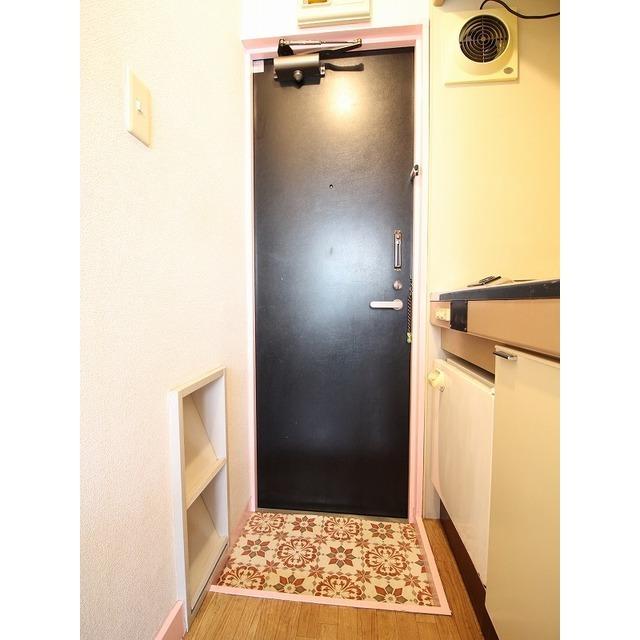 ライフピア久米川 202号室の洗面所