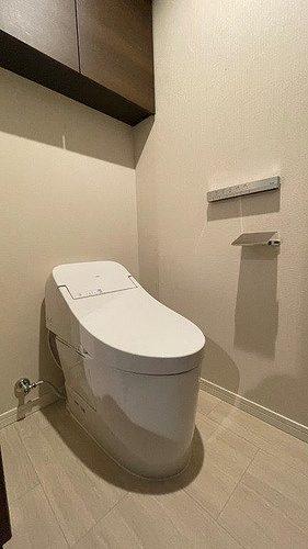 グランドメゾン久屋大通 1205号室のトイレ
