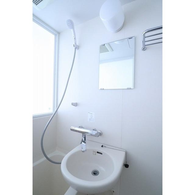 ビーサイト大崎 802号室のトイレ