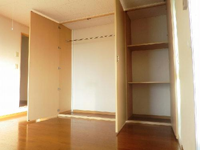 レオパレス深谷 202号室の収納