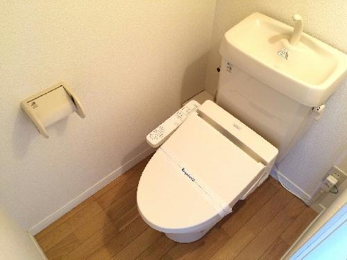 レオパレス梅田 104号室のトイレ