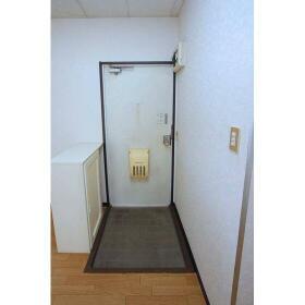 パールハイム 202号室の玄関