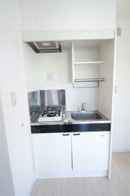 アンベリール 3F号室のキッチン