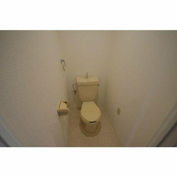 ピボットマンション池下 205号室のトイレ