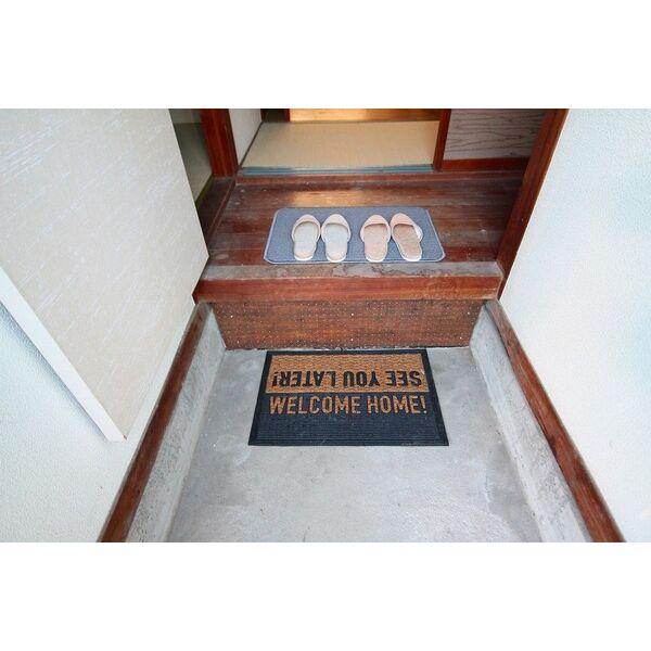 稲島10丁目植田貸家A102号室の玄関