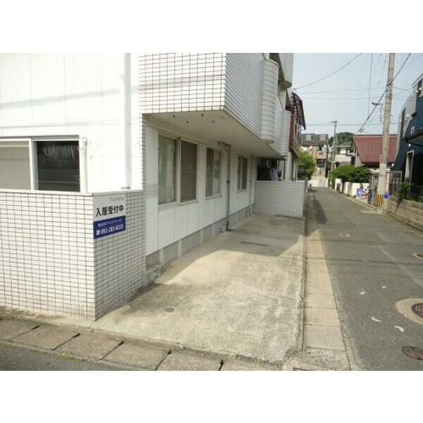 PLEAST田島Ⅱ 301号室の収納
