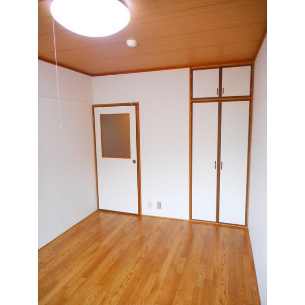 山口マンション 307号室のリビング