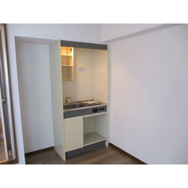 プレアール下新庄Ⅱ 205号室のキッチン