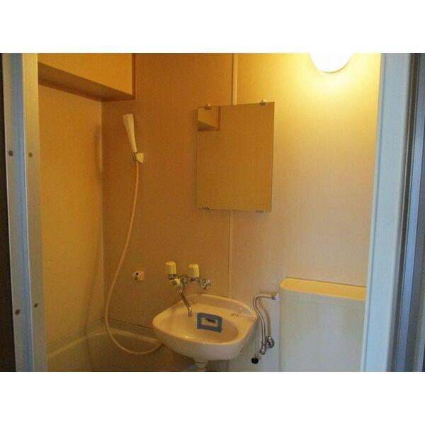 プレアール下新庄Ⅱ 205号室の洗面所