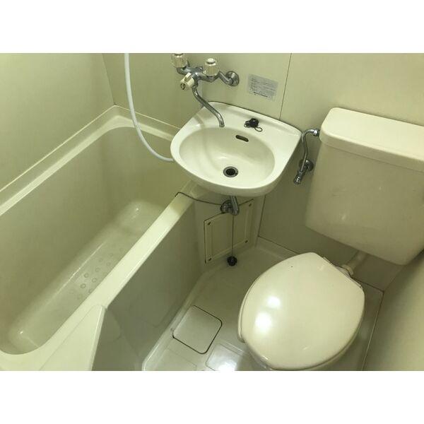 ミリアン稲沢駅前 207号室の風呂