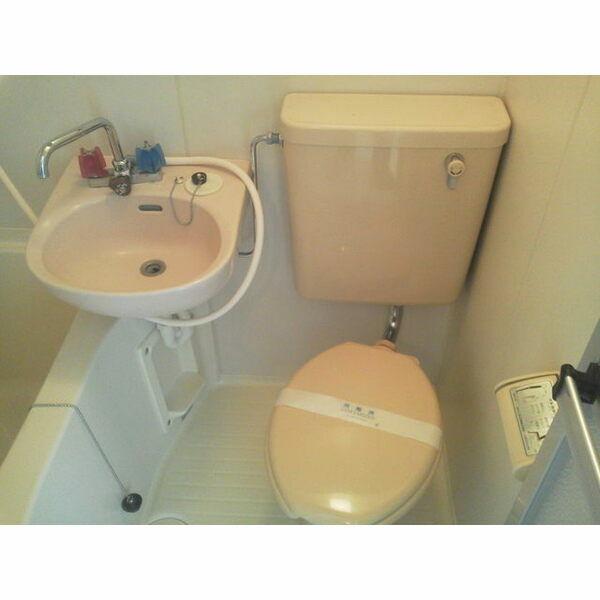 トラッディ吹田Ⅲのトイレ