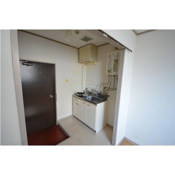 五月ハイツ 0212号室のキッチン