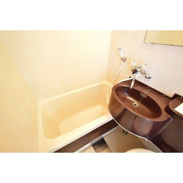 五月ハイツ 0214号室の風呂
