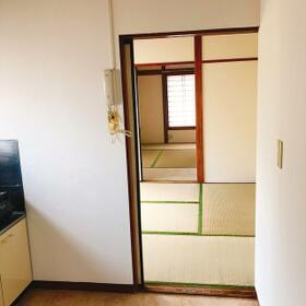 長澤アパート 201号室の玄関