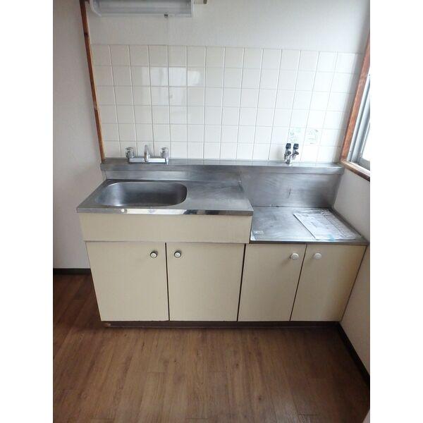 フローラハイツ 501号室のキッチン