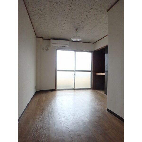 フローラハイツ 501号室のベッドルーム