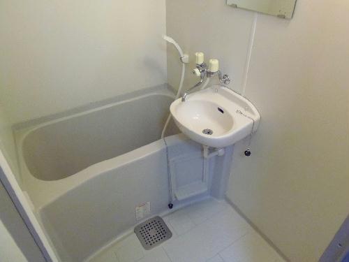 レオパレスノボル 106号室の風呂